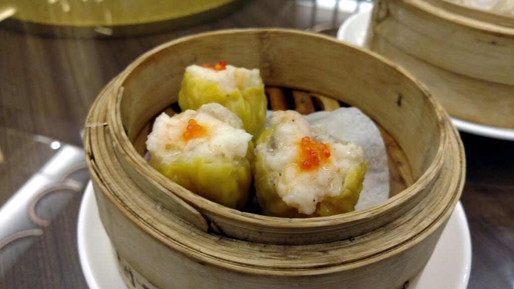 Chicken dim sum with roe